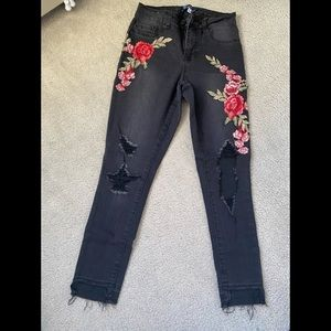 New flowery black Boomboom jeans (size 5)